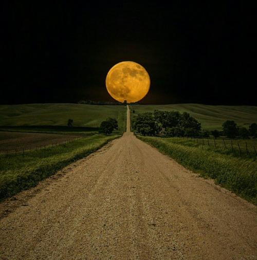 The Big Moon - The Road