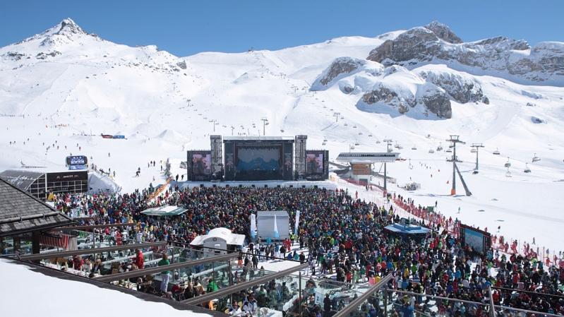 snowy-concert